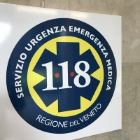 Emergency call number for waterborne ambulance in Venice